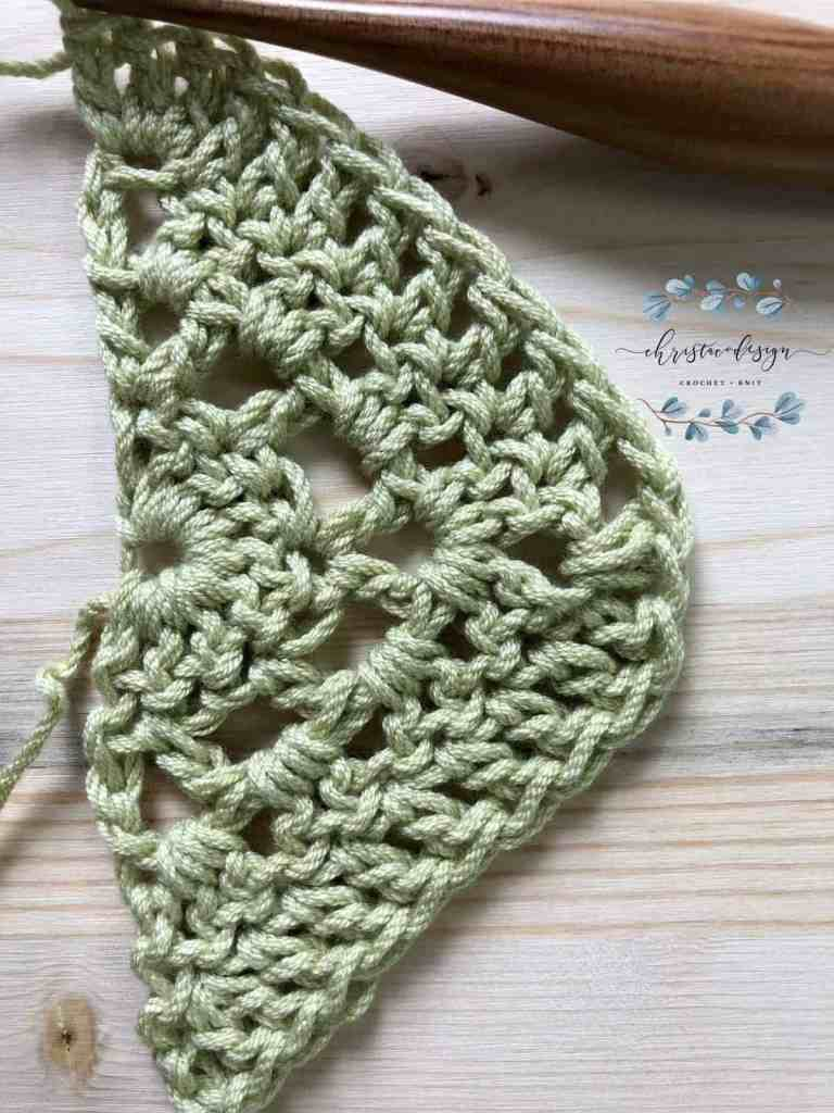 picture of solid dc row tutorial shawl