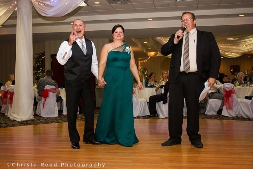 chaska wedding reception dj plays fun games at the grand palms