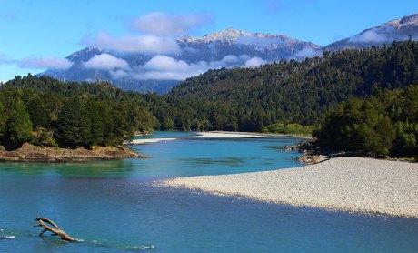 Chris-Tarzan-Clemens-Patagonia-River