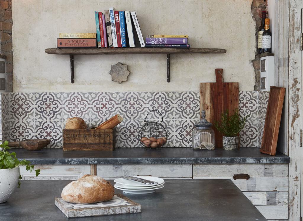 https://i0.wp.com/christchurchcreative.co.uk/wp-content/uploads/2018/09/Tiles-kitchen-tiles-cropped-1024x748.jpg?resize=1024%2C748&ssl=1
