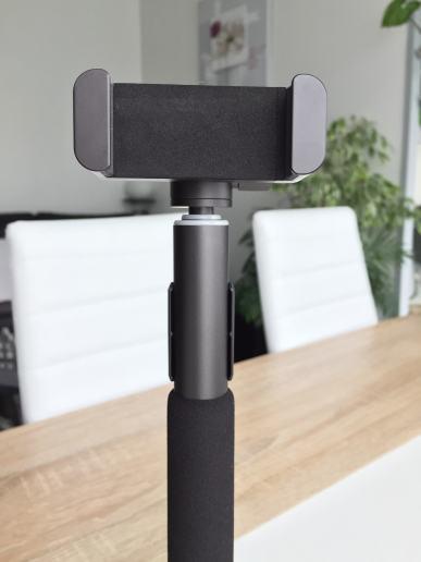 image Test de la perche à selfie Bluetooth avec trépied et télécommande d'Aukey 3