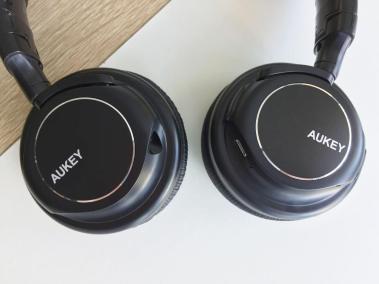 image test du casque bluetooth et pliable d'aukey avec microphone intégré 4