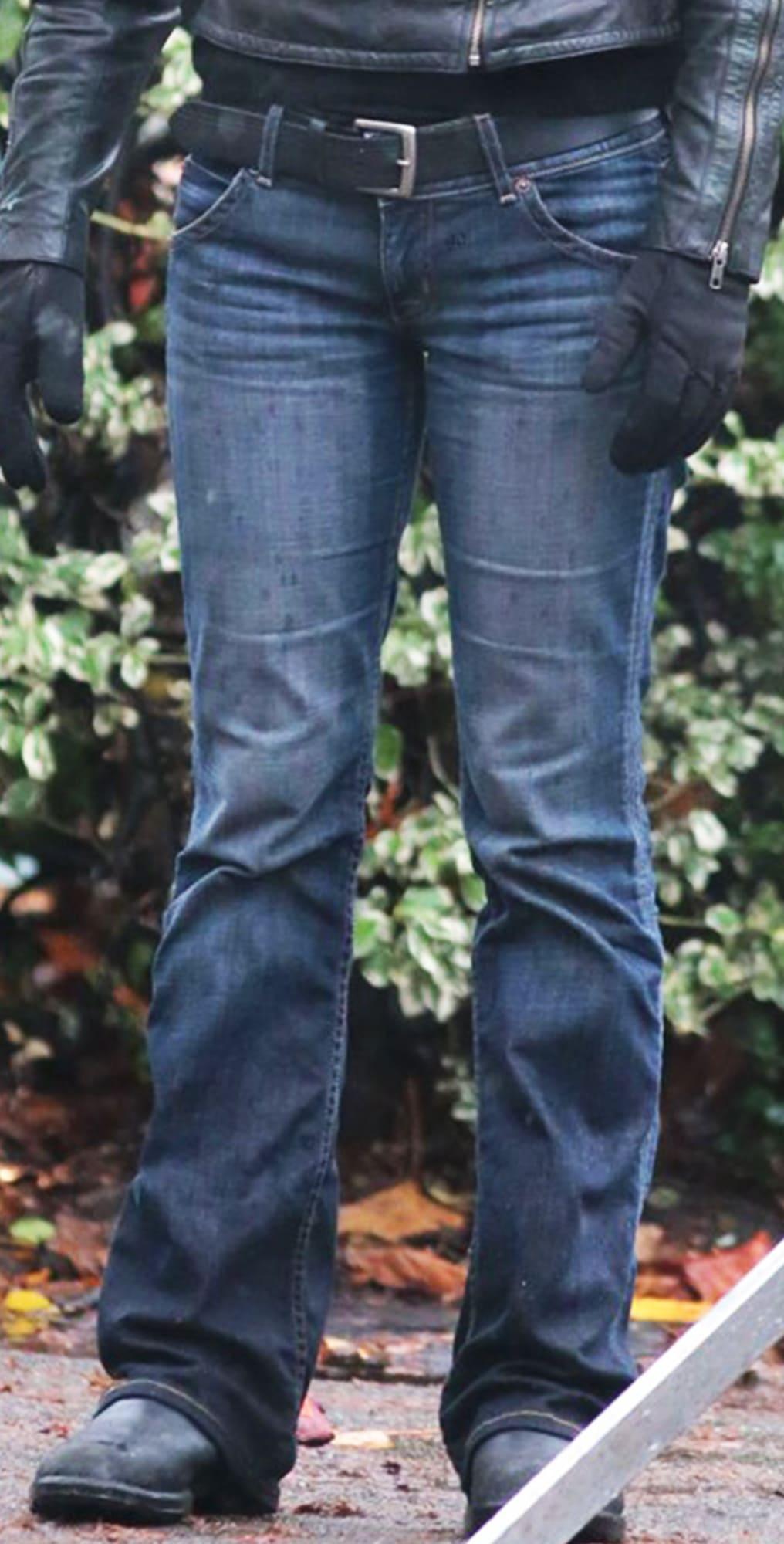 image Look de Olivia Dunham dans la série Fringe 21