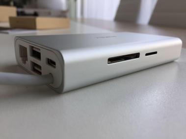 image test du hub CB-C55 adaptateur USB type C multi-port 8 en 1 de Aukey 4