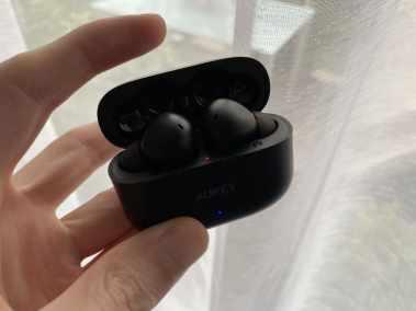 image Écouteurs Bluetooth AUKEY EP-T27 avec aptX, 4 microphones, réduction de bruit CVC 8.0, étanchéité IPX7 9