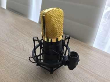image Test du kit microphone et support de microphone à bras ciseaux Aukey 7