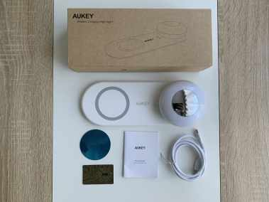 image Test de la veilleuse avec chargeur sans fil pour smartphone de chez Aukey 3