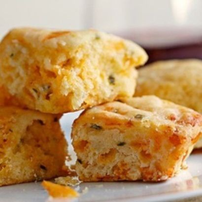 cheese-and-chive-biscuits.c61fcb283319246643c62885eb2d5cd6