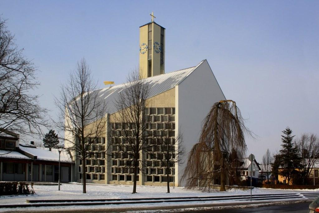 Bild der Kirche St. Bernhard