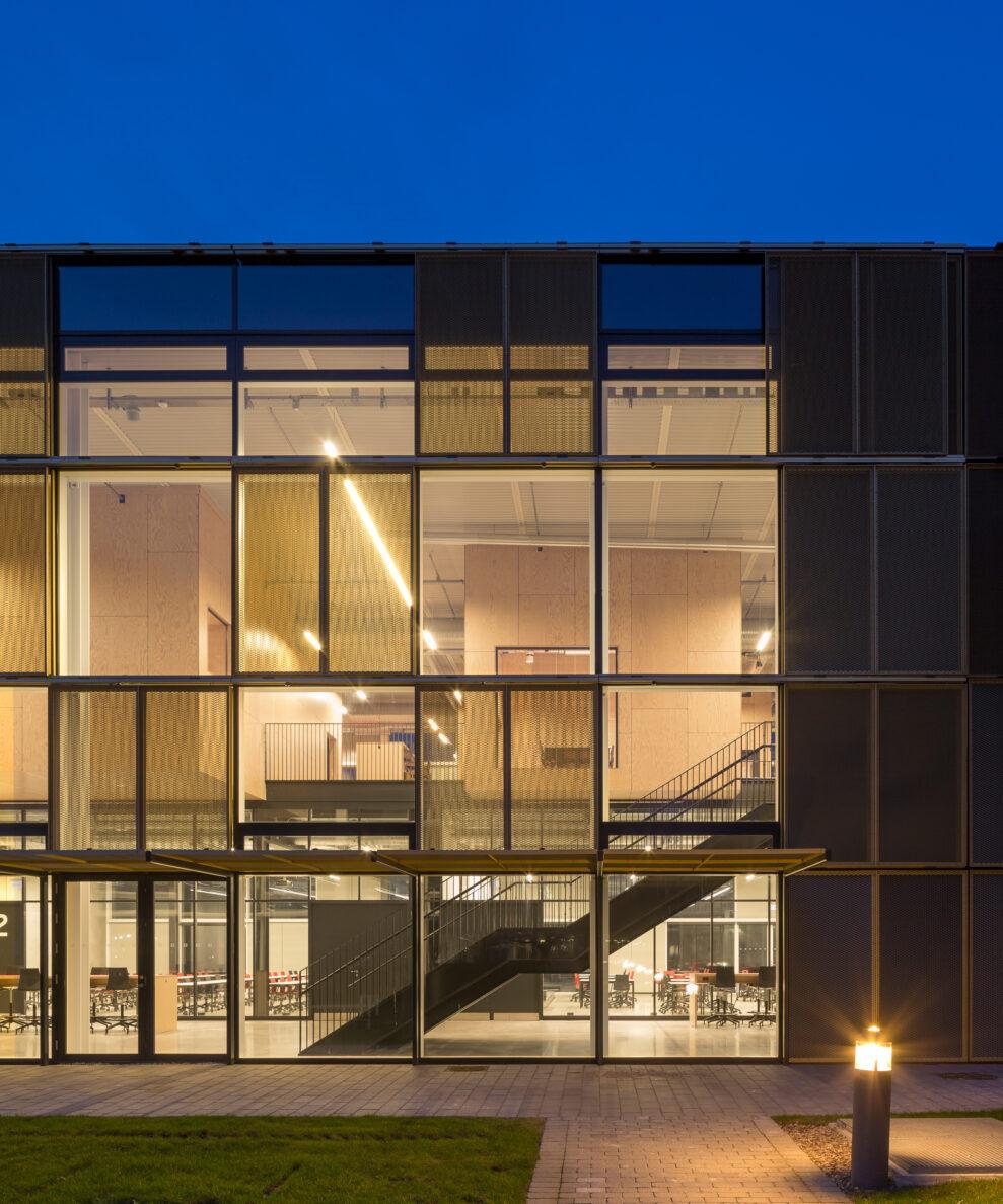Building design B127  Christensen  Co