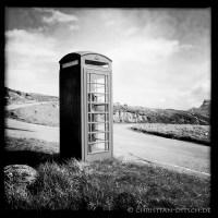 Telefonzelle nahe der Ortschaft Kilmuir auf der Insel Skye. 22.5.2015
