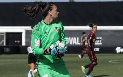 Tiane Endler: «Nunca tuve los prejuicios de que el fútbol era solo para hombres»