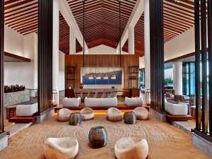 andaz-maui-at-wailea-resort-andaz-lounge-2