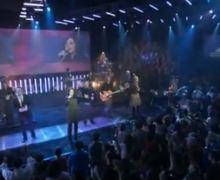 Kari Jobe  Revelation Song  Live