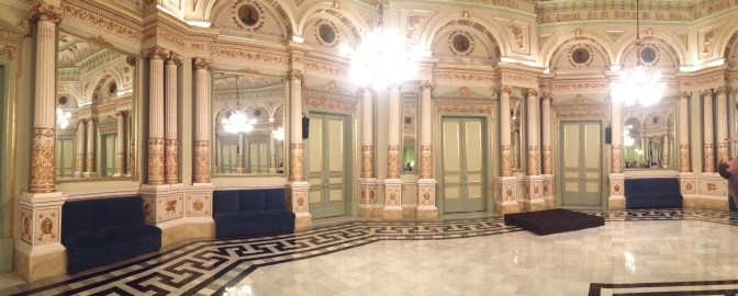 The dancing room in the Liceu Opera House.