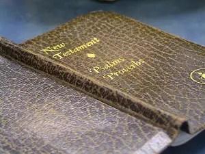 Gideons Bible pd