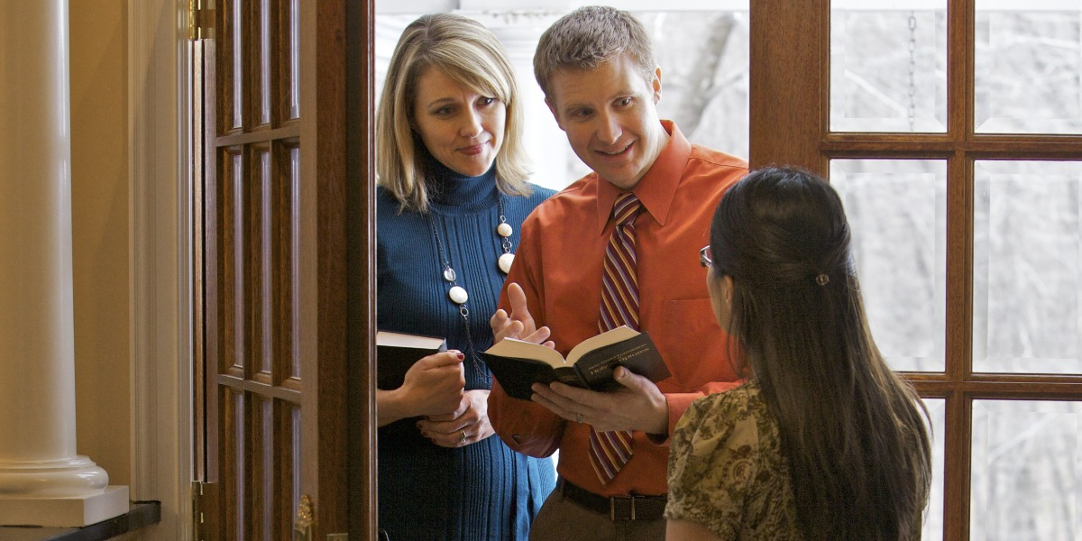 Jehovah witness cs go betting low pot ig index spread betting tutorial hijab