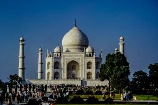 Busy Taj Mahal in the morning light