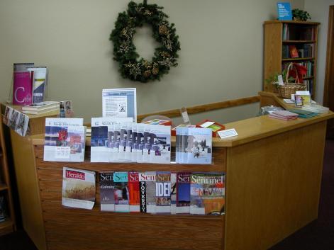 Photo-RR Front Desk