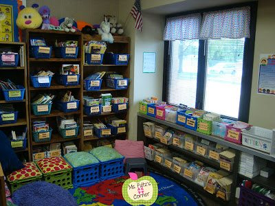 Elementary Classroom Library Organization Book Bins and Pillows