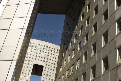 Europa, Frankreich, Paris, ENGIG Gebäude in La Defense