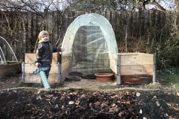 dage-i-ungernes_haver_marts_hjemmebygget_drivhus10