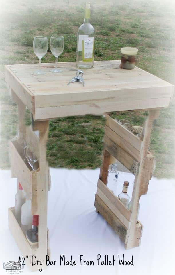 Bar made from pallet wood