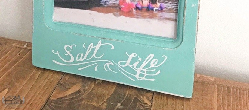 Salt Life vinyl decal.