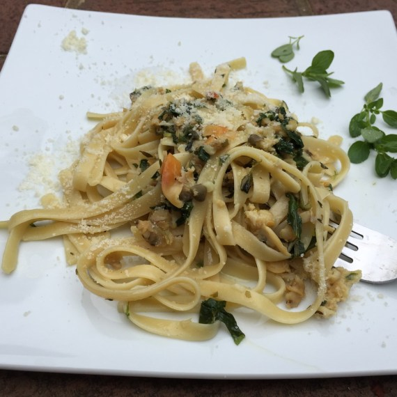 Linguine with Garden Herbs and Clams