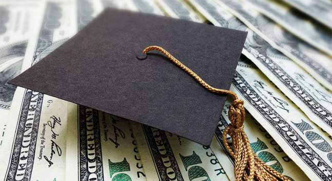 Is Student Loan Debt A Threat to Homeownership? No!   Simplifying The Market