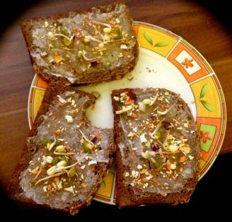 """schmalz"" Brot"