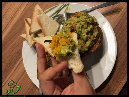 Ofenkürbis mit Avocado auf Toast