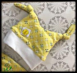 Knotenmütze gelb