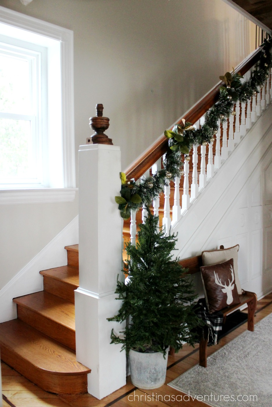 How to hang garland in 4 easy steps  Christinas Adventures