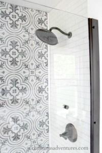 Walk in shower design - Christinas Adventures