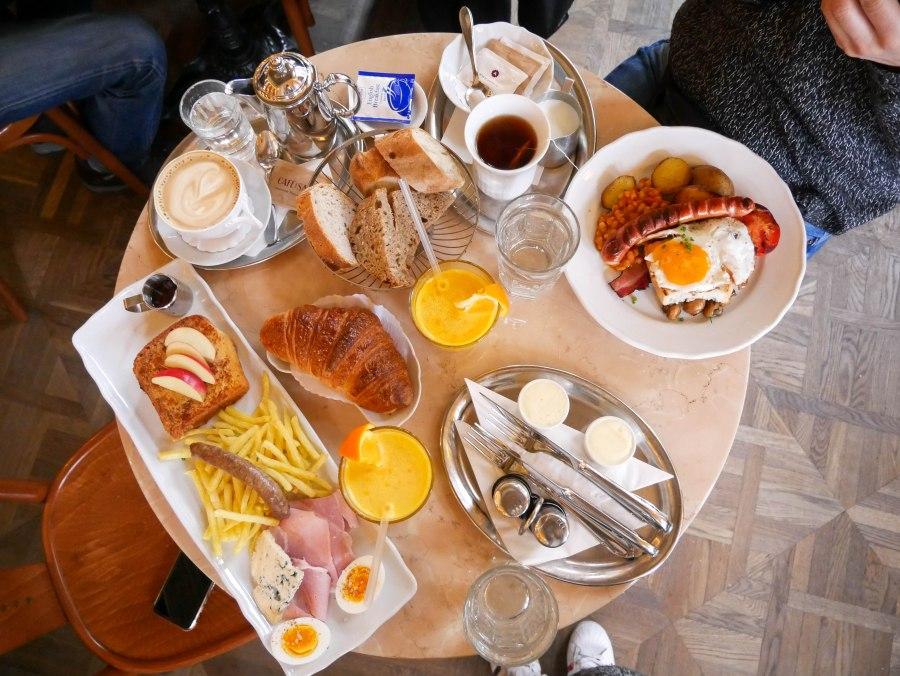 Frühstück in Prag Café Savoy Restaurants in Prag