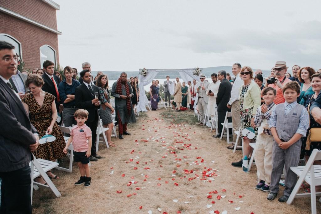 Dutchess Manor wedding ceremony awaiting the bride
