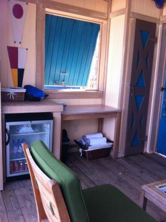 disney castaway cabana