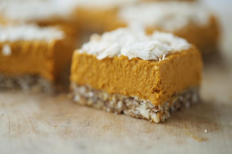 Raw cake meets pumpkin pie!