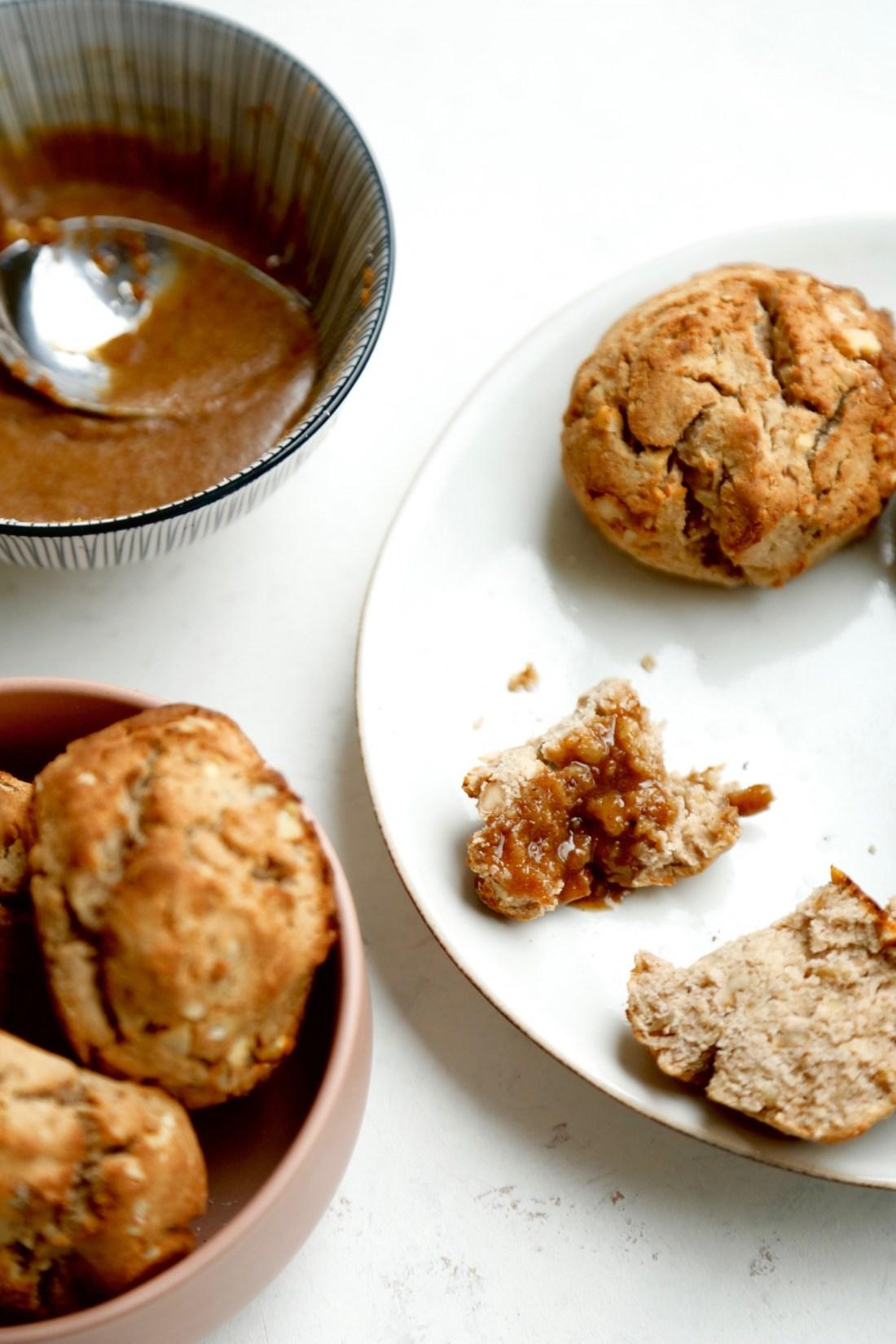 opskrift-glutenfri-scones-med-karamelglaze-1-1