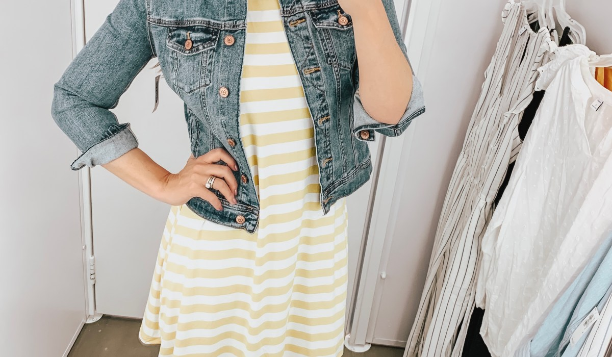 Looking to update your wardrobe this Spring? Check out Old Navy and this Old Navy Spring Try On! Great pieces at great prices you don't want to miss!