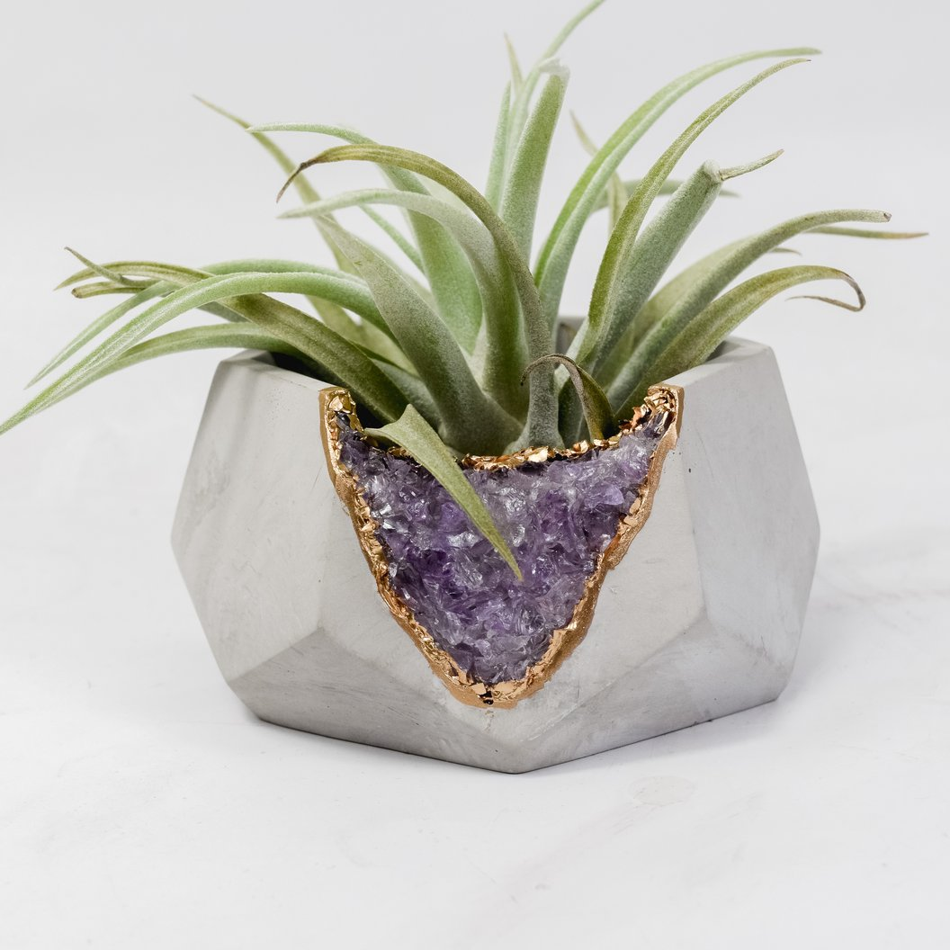 beautiful vase- Holiday Gifts for Her
