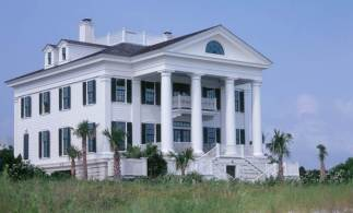 Chadsworth Cottage (2005) near Wilmington, North Carolina designed by Christine G. H. Franck