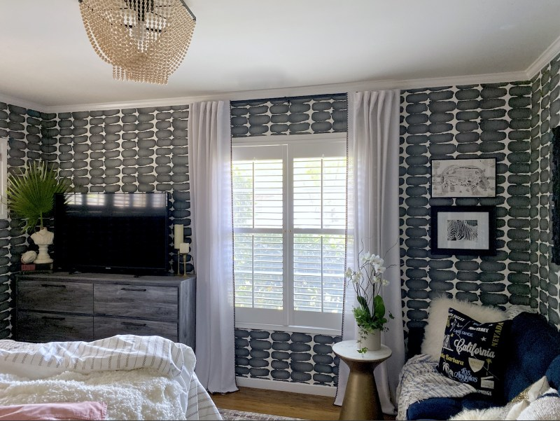 before and after, ranch house, white walls, Christine Kohut Interiors, design ninja, designninja, ORC, one room challenge, better homes and gardens, design blog, bedroom makeover, guest bedroom ideas, black and white, wallpaper, wallcovering, bold walls, statement walls