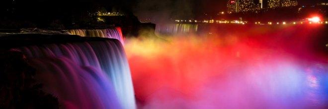 Niagara Falls illuminated at night