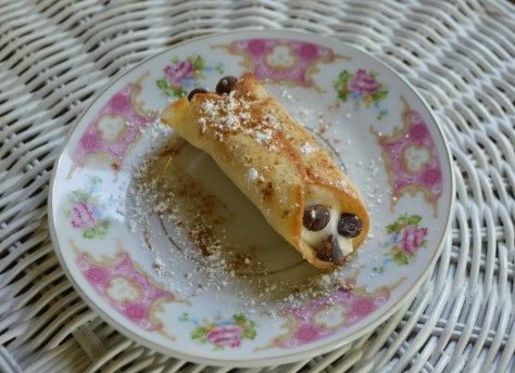Vegan Cannoli
