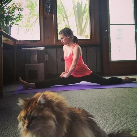 yoga split 2