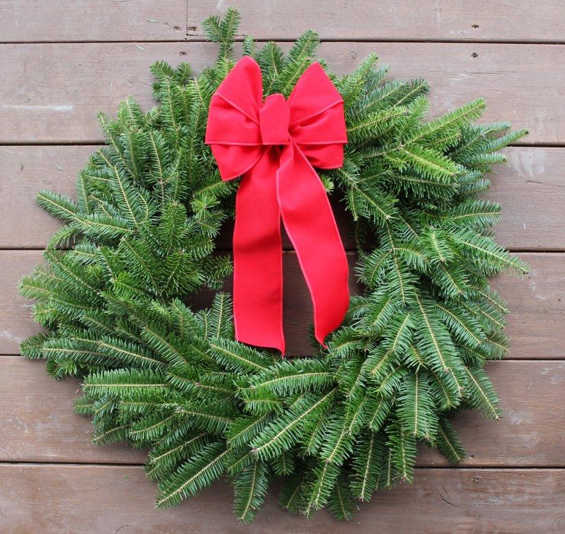 traditional christmas wreath free