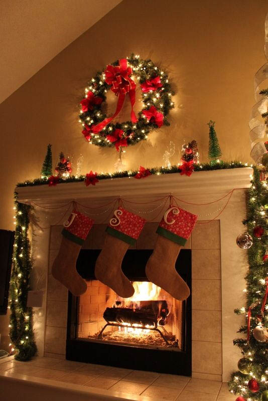 1000 Images About Christmas Mantels On Middot Of Fireplace Decorated For Wedding