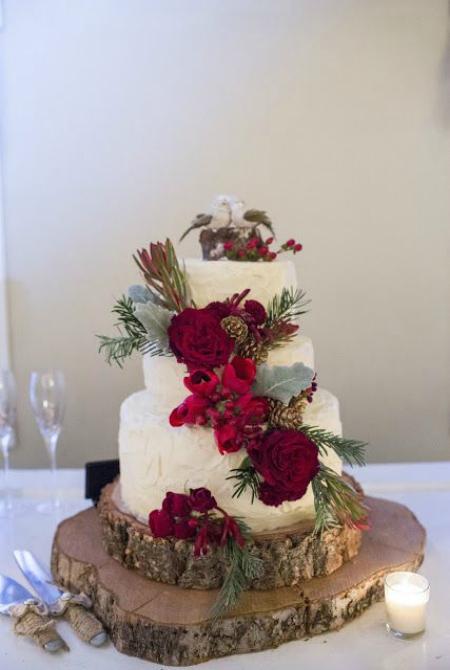25 Breathtaking Christmas Wedding Ideas  Christmas Celebration  All about Christmas